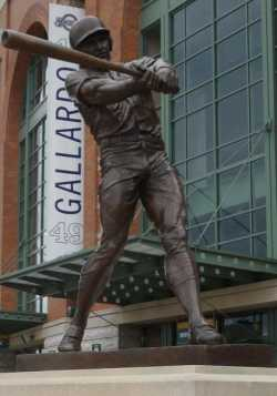 Robin Yount Statue Miller Park
