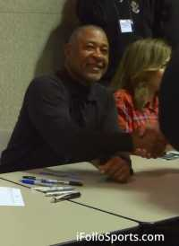Ozzie Smith Signing Autographs