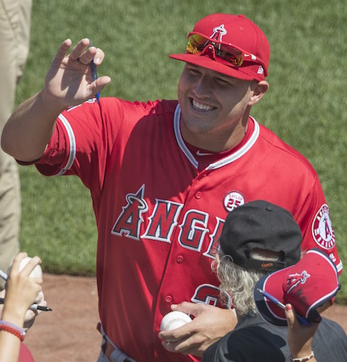 Mike Trout signing autographs