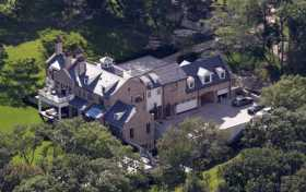 Tom Brady and Gisele Bundchen Chestnut Hill Massachusetts home