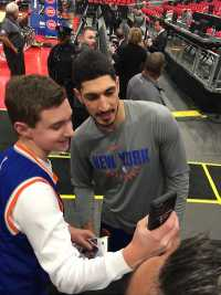 Enes Kanter Photo With Fan