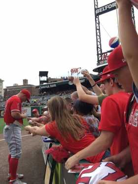 Angels Mike Trout Signing Autographs