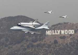 Space Shuttle Endeavor Los Angeles flyover video