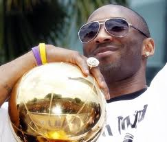 Kobe Bryant 30000 points and 5 NBA titles