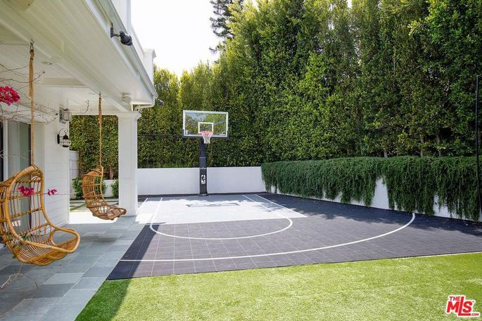 Blake Griffin Los Angeles House