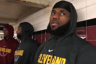 LeBron James and The Cavs Use The New York City Subway Station